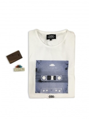 DRK x CLOUD9+ PACK (T-SHIRT + PENDRIVE)